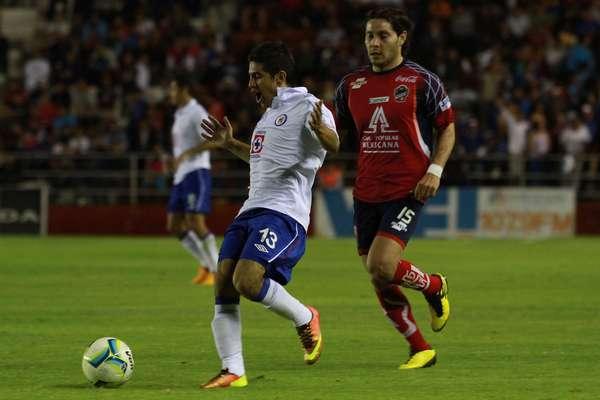 Cruz Azul llega a 12 puntos en la Copa MX al vencer de visitante 2-1 a los freseros del Irapuato.