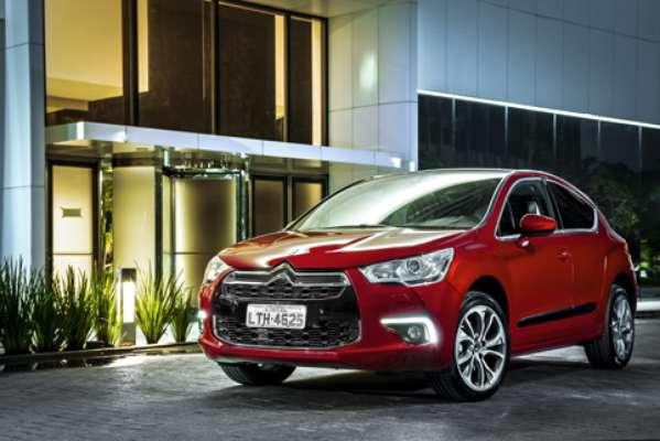 A Citroën anunciou nesta segunda-feira a chegada do modelo DS4 às concessionárias ao Pais com versão única e preço a partir de R$ 99,9 mil