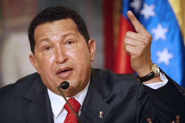 Este jueves, el presidente temporal de Venezuela, Nicolás Maduro, anunció que el cuerpo del comandante Hugo Chávez será embalsamado y reposará en el museo de la revolución bolivariana. De esta manera, Chávez se convierte en el décimo segundo mandatario en recibir este proceso para ser exhibido tras su muerte. Conoce a los otros 11.