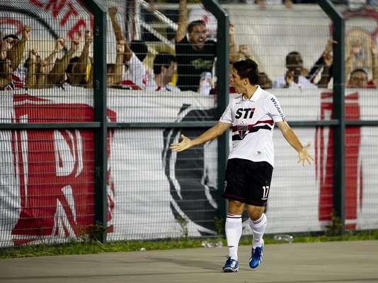Confira os convocados da Seleção para os amistosos contra Itália e Rússia, que conta com o atacante são-paulino Osvaldo, substituto do lesionado Lucas