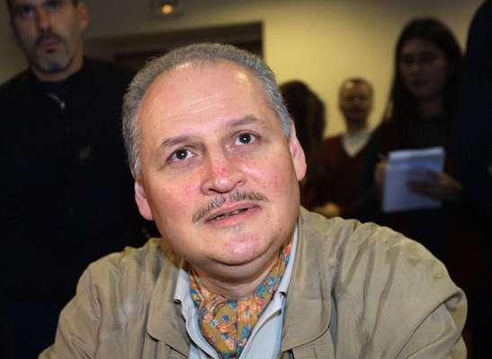 El terrorista venezolano Ilich Ramírez Sánchez, mejor conocido como 'Carlos el Chacal', vuelve a los tribunales. El proceso en apelación de 'Carlos', condenado a prisión perpetua por cuatro atentados cometidos a principios de los años 1980, se realizará en París de este 13 de mayo al 5 de julio, según informaron fuentes judiciales.