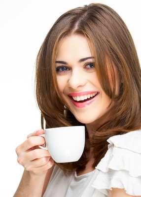 Bebida é capaz de auxiliar a redução de medidas, ao eliminar o excesso de líquido no organismo