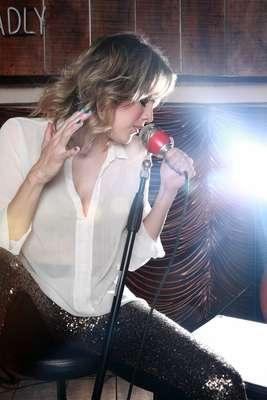 Adriana Tono regresa a la arena musical con el dúo La Tono y La ...