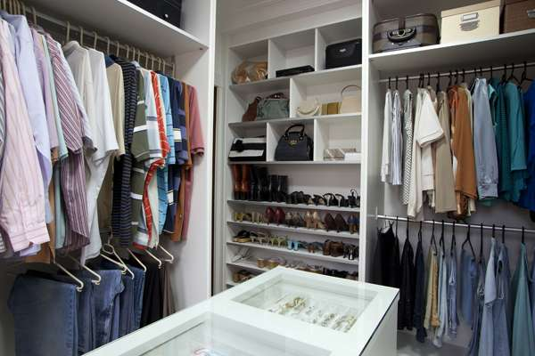 Quarto De Casal Com Suite E Closet ~ closet de 9,07m2 foi feito no quarto vizinho ao do casal, no projeto