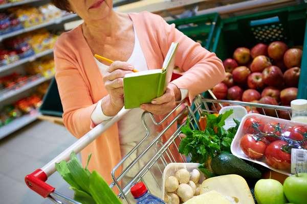 Mesmo com a correria do dia a dia, ainda dá tempo de comprar os ingredientes necessários para o almoço de Páscoa