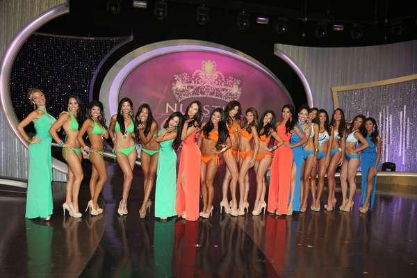 Grandes emociones y retos extremos tuvieron que enfrentar la concusrantes del 'reality show', Nuestra Belleza Latina, que en su primera gala de 2013 ha elegido a las más bellas de su séptima temporada.