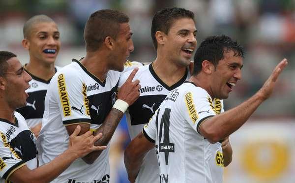 Botafogo vence Friburguense por 3 a 1 no Estádio de Moça Bonita e garante vaga nas semifinais da Taça Rio, segundo turno do Campeonato Carioca