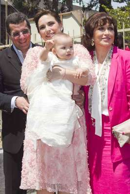 Angélica Vale bautizó a su pequeña Angélica Masiel el sábado 20 de abril, fecha en la que su padre Raúl Vale, festejaría un cumpleaños más.