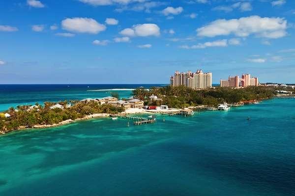 Nassau está situado no arquipélago das Bahamas, na América Central