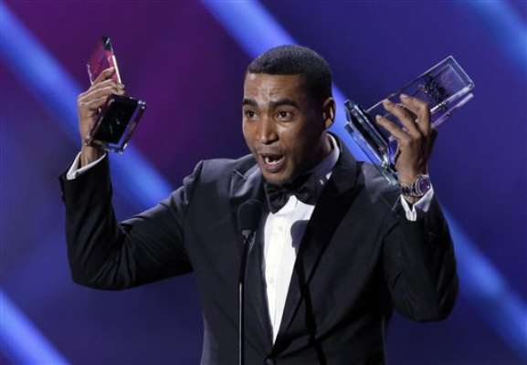 Don Omar, con diez trofeos, se convirtió en el máximo ganador de la gala de los Premios Billboard de la Música Latina, llevada a cabo el 25 de abril, en el BankUnited Center de la Universidad de Miami.