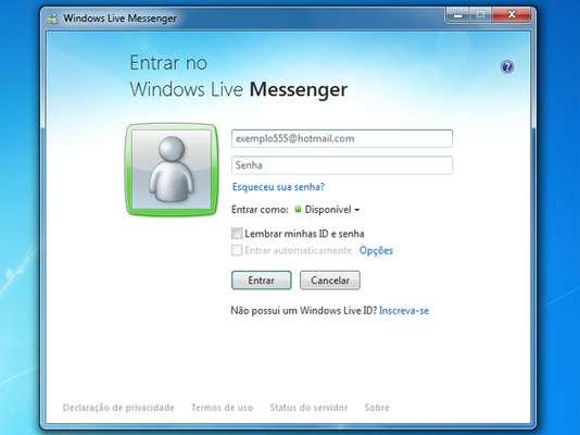 Messenger fue uno de los principales programas de mensajería instantánea (IM) de la década de 2000. Creado en 1999, se llamaba MSN Messenger. En 2005 se convirtió en Microsoft Live Messenger.