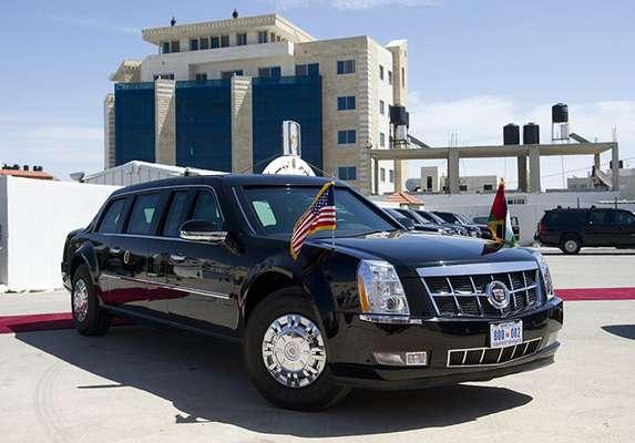 Barack Obama, presidente del país más poderoso del mundo, ya estuvo de visita en México el año pasadoy sólo una 'Bestia' podría transportarlo por las bulliciosas calles del Distrito Federal.Conoce su imponente limusina.