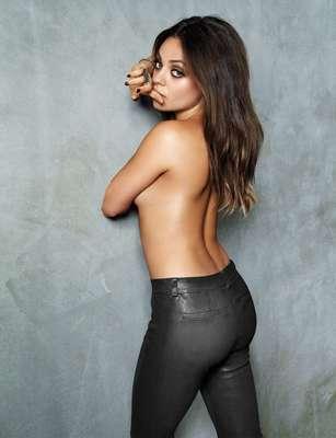 Mila Kunis, de 29 años, ha sido nombrada la mujer más sexy del mundo por la revista FHM.