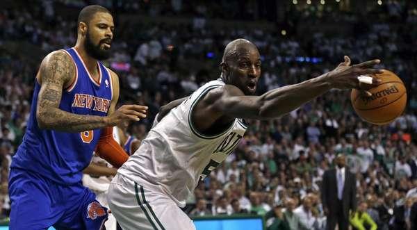 Los Knicks vencen 88-80 a Celtics de Boston, y logran su pase a la siguiente ronda de playoffs de la NBA.