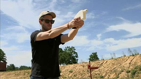 EUA manda tirar da web projeto de pistola feita com impressora 3D