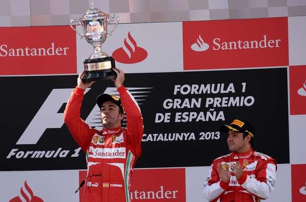 Fernando Alonso conquistou neste domingo a vitória do Grande Prêmio da Espanha de Fórmula 1. O brasileiro Felipe Massa ficou em terceiro