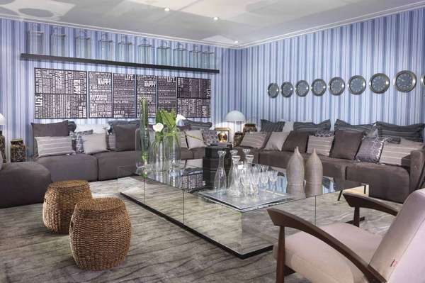 A quinta edição da Mostra Decora Etna aconteceu na última semana na unidade Berrini da empresa. O evento apresentou 23 ambientes e 4 lofts decorados. Esta sala é uma criação de Brunete Fraccaroli