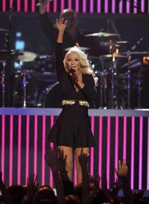 En la semana vimos que Christina Aguilera presumía una foto suya en sus redes sociales presumiendo su nueva figura después de perder unas cuántas libras.
