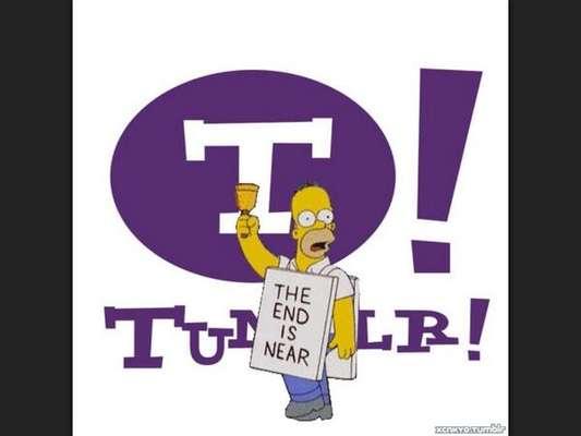"""Após o anúncio da compra do Tumblr pelo Yahoo! nesta segunda-feira, os usuários do serviço não perdoaram e encheram a web de piadas e montagens sobre o assunto. Apesar de a CEO do Yahoo!, Marissa Mayer, ter assinado uma nota prometendo """"não estragar tudo"""", parece que os internautas não acreditaram, como mostra uma montagem usando o personagem Homer Simpson anunciando o apocalipse. """"O fim está próximo, diz o cartaz"""""""