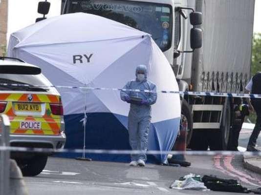 23 de maio - Um homem morreu e outras duas pessoas ficaram feridas em um ataque com um machete (tipo de facão) em Londres
