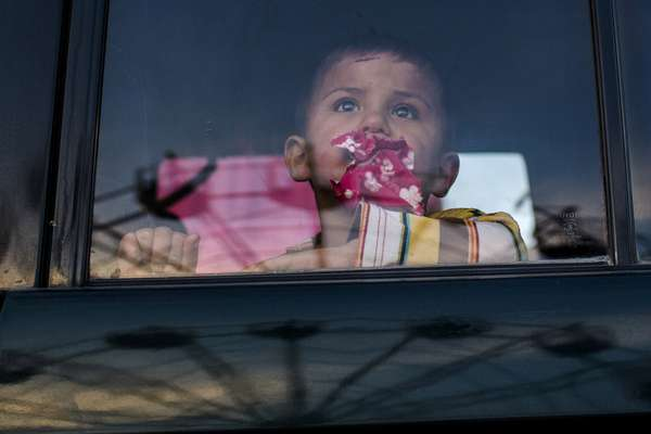 Sistema antiesmagamento em vidros de carros ajuda a evitar acidentes com passageiros