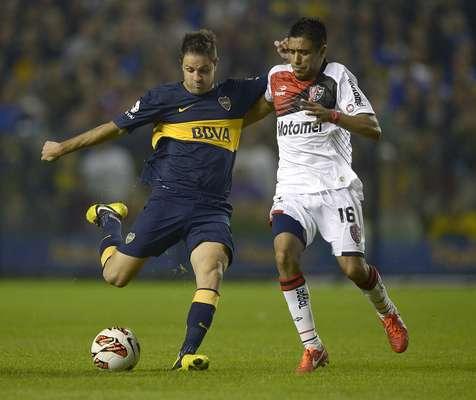 Boca Juniors e Newell's Old Boys decepcionaram suas torcidas, nesta quinta-feira. O clássico argentino, válido pelas quartas de final da Copa Libertadores da América, foi morno e terminou 0 a 0