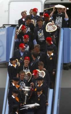 Elenco do Bayern de Munique retorna à Alemanha após a conquista do título da Liga dos Campeões da Europa 2012/2013
