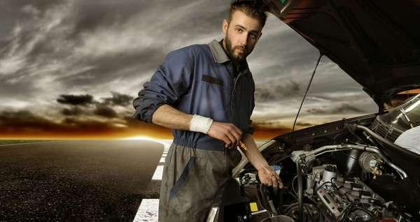 Óleo deve ser verificado com o motor do carro frio, de preferência 10 minutos após o motor desligar