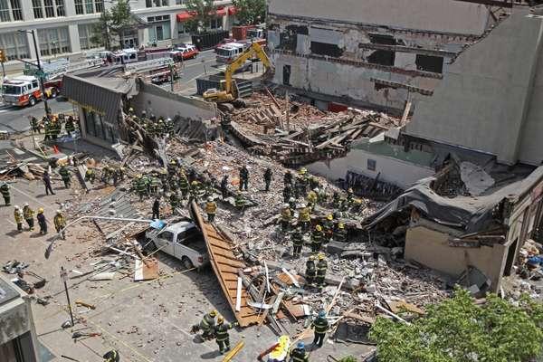 Número de pessoas dentro do prédio no momento do desabamento é incerto, segundo o prefeito