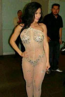 La vedette Diosa Canales regresó a territorio azteca para promocionar su aparición en la portada y páginas de la revista Playboy México.