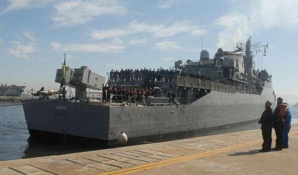 A Marinha brasileira enviou uma fragata com 242 militares para integrar a força-tarefa marítima da Missão de Paz das Nações Unidas no Líbano (Unifil). A fragata União substituirá a Constituição, que vem atuando como centro de comando da força-tarefa desde janeiro deste ano