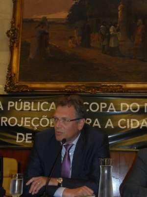 Durante o encontro que homenageou Joseph Blatter nesta segunda-feira, as autoridades discutiram assuntos ligados à Copa do Mundo de 2014 em São Paulo