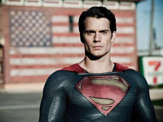 Henry Cavill se convertirá en el primer actor no estadounidense en darle vida a Superman. Este es su primer gran papel en Hollywood luego de darse a conocer en cintas como 'Inmortals', 'Red Riding Hood' y 'Stardust'. Su interpretación promete darle un nuevo alcance al gran superhéroe.