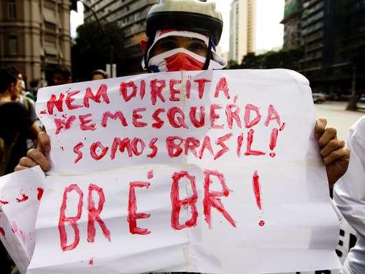 Belo Horizonte (MG) Uma das características do Movimento Passe Livre é sua desvinculação com partidos políticos
