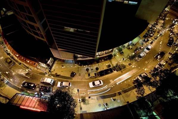 A relação do empresário Walter Mancini com a rua Avanhandava, no centro de São Paulo, começou em 1980, quando ele abriu um restaurante italiano que levava o nome de sua família. Mais de 30 anos depois, Mancini tem varias outras casas na rua que ajudou a revitalizar em 2007