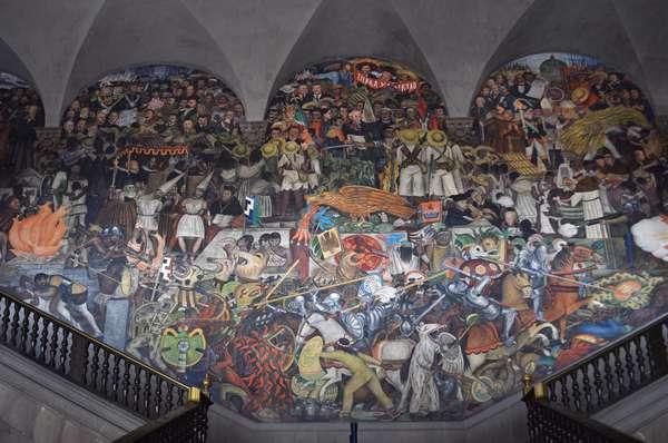 Mural em pal cio mexicano mistura karl marx e lendas astecas for Diego rivera mural 1929