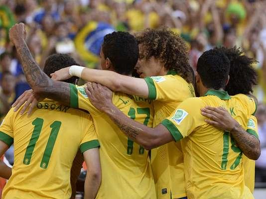 Nesta quarta-feira, o Brasil venceu o México nesta quarta-feira, por 2 a 0, no Castelão, em Fortaleza; o placar foi aberto aos 9min do primeiro tempo, com gol de Neymar. O segundo gol veio aos 48min do segundo tempo, com Jô