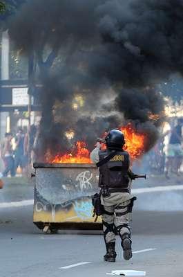 A cidade de Salvador foi palco de mais um protesto neste sábado, antes da partida entre Itália e Brasil, pela terceira rodada da Copa das Confederações. Houve atritos com a polícia