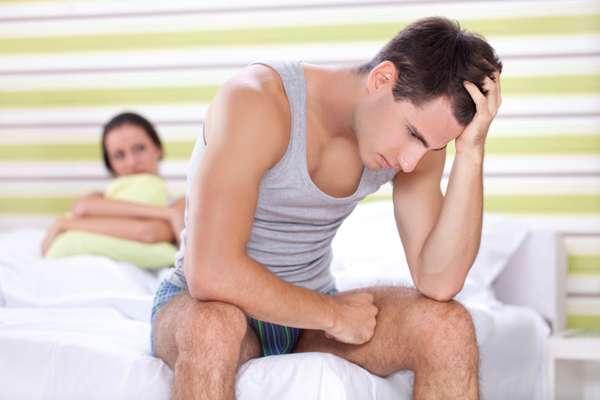 1. Caras legais atingem o orgasmo primeiroTire da cabeça que as mulheres gostam que o parceiro chegue ao ápice em 30 segundos porque se sentem poderosas por conseguir tal façanha. Depois, se você virar para o lado e dormir, pior ainda