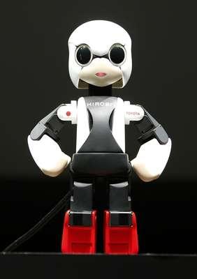 Kirobo é um robô especializado em comunicação e irá conversar com astronautas no espaço