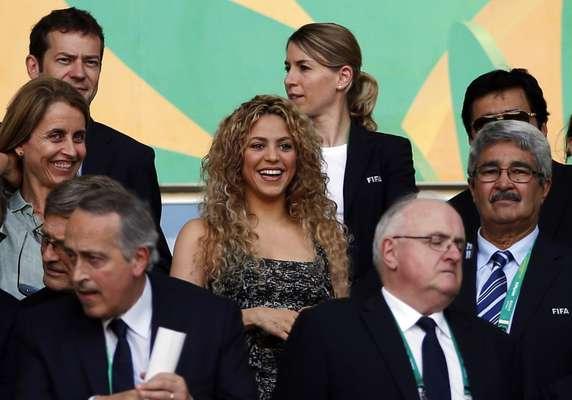 Torcida lotou o Castelão, em Fortaleza, nesta quinta-feira; o estádio sediou a semifinal da Copa das Confederações, na qual Espanha venceu a Itália nos pênaltis e se classificou para a final contra o Brasil, no próximo domingo. A cantora Shakira marcou presença e acompanhou a performance do marido, o espanhol Gerard Piqué