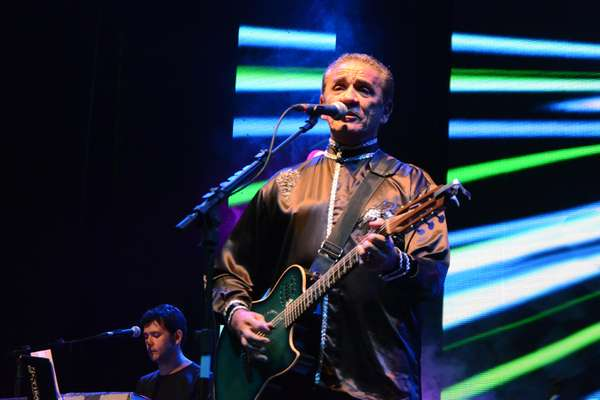 Com mais de 30 anos de carreira, Zé Ramalho mostrou, em show na Paraíba, que ainda é capaz de atrair as novas gerações de fãs