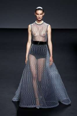 A Dior mostrou sua coleção de alta-costura nesta segunda-feira (01), em Paris