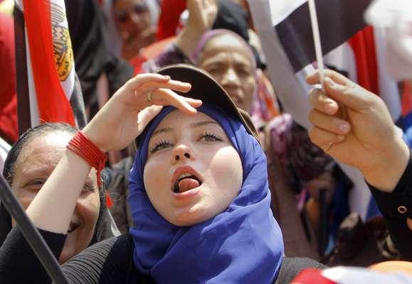 1º de julho - Manifestantes voltam a tomar a Praça Tahrir em protesto contra o governo do presidente Mohammed Mursi