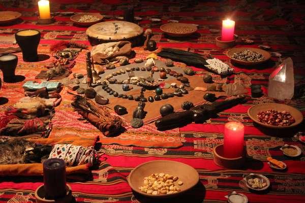 O ritual de pagamento à terra é a cerimônia mística mais antiga do Peru