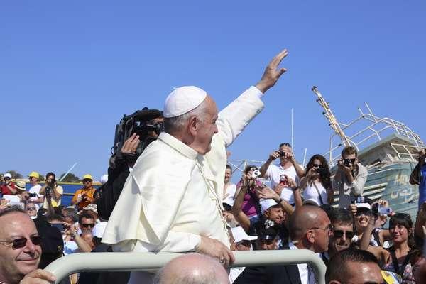 El Papa Francisco eligió a la isla de Lampedusa para su primer viaje oficial fuera de Roma.