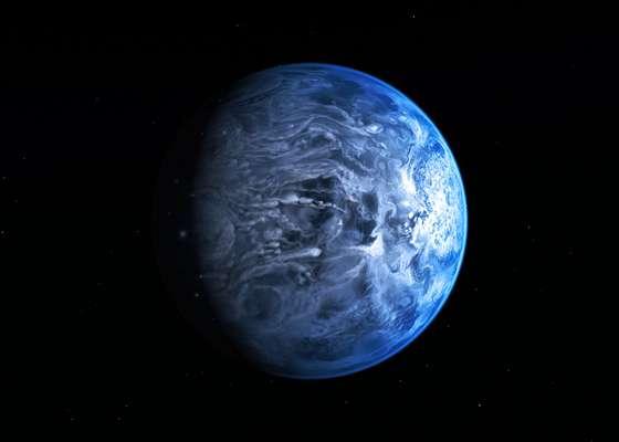 Astrônomos determinaram pela primeira vez a verdadeiracor de um planeta na órbita de uma estrela diferente do Sol. Se visto por olhos humanos, o planeta conhecido comoHD 189733b seria de um profundo azul cobalto - parecido com as cores da Terra quandovista do espaço.Veja a seguir as melhores imagens de astronomia de julho
