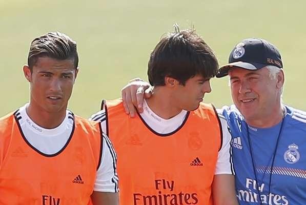 Elenco do Real Madrid se reapresentou na manhã desta segunda-feira para dar início à pré-temporada
