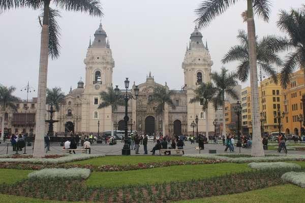 A Plaza das Armas é um dos principais pontos turísticos de Lima