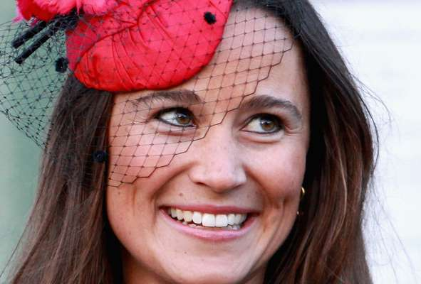 Aos 29 anos, Pippa Middleton, irmã da duquesa de Cambridge, chama atenção por sua beleza exuberante